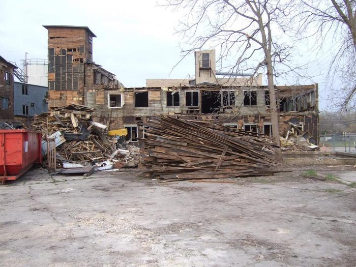 New london wisconsin globalcontractor 39 s blog for Demolition wood for sale